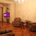Двухкомнатная квартира в Сухуме. Туристический район города (Турбаза).